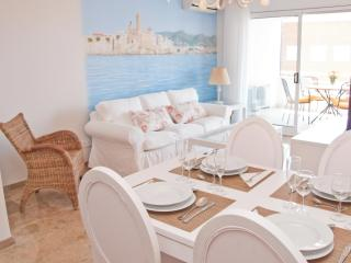 DELICIOUS elegant apartment with pool in Sitges - Sitges vacation rentals