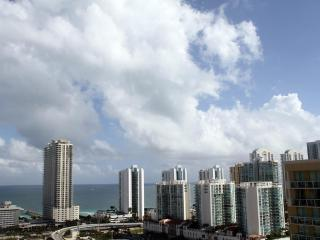 2 bed / 2 bath apartment in Miami 25 - Sunny Isles Beach vacation rentals
