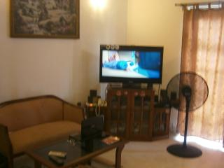 3 Bed Room upstair House in Authurugiriya - 15 mins from Air Port - Dambulla vacation rentals
