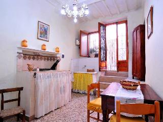 1 bedroom Apartment with Television in Semproniano - Semproniano vacation rentals
