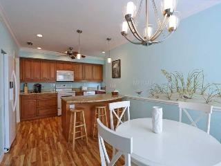 Siesta Key 2 Bedroom/2.5 Bath Remodeled Condo - Sarasota vacation rentals