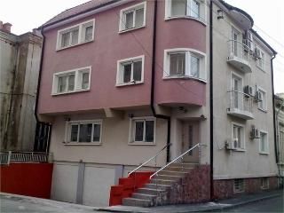 Residenza di Carbasinni - Superior 2-Bedroom Apt - Bucharest vacation rentals