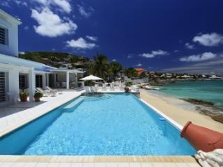 Ravishing 5 Bedroom Villa in Pelican Bay - Pelican Key vacation rentals
