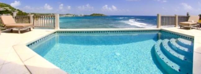 Inviting 2 Bedroom Beach House on Dawn Beach - Image 1 - Dawn Beach - rentals