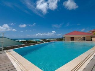 Elegant 3 Bedroom Villa with View in Orient Bay - Orient Bay vacation rentals
