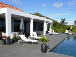 4 Bedroom Villa with Panoramic View in Orient Bay - Orient Bay vacation rentals