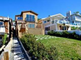 Cozy House with Deck and Internet Access - Laguna Beach vacation rentals