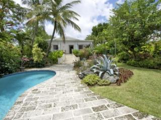 Romantic 2 Bedroom House on St. James - Saint James vacation rentals