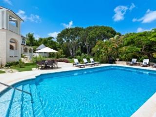 Wonderful 5 Bedroom Villa with Swimming Pool in Sandy Lane Estate - Saint James vacation rentals