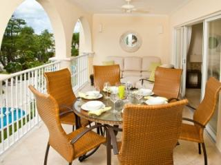 Elegant 3 Bedroom Apartment in Christ Church - Christ Church vacation rentals