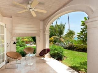 3 Bedroom Ground Floor Apartment in Schooner Bay - Mullins Beach vacation rentals