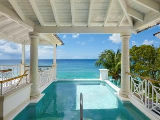 Superior 4 Bedroom Penthouse in Paynes Bay - Paynes Bay vacation rentals