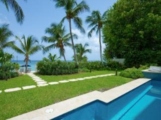 3 Bedroom Apartment with Pool in Paynes Bay - Paynes Bay vacation rentals