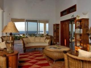 5 Bedroom Villa overlooking the Ocean in Shoal Bay Village - Shoal Bay Village vacation rentals