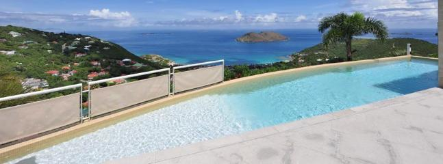 3 Bedroom Villa with Private Swimming Pool & Jacuzzi in Colombier - Image 1 - Anse des Flamands - rentals