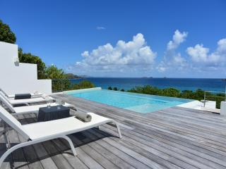 2 Bedroom Villa with Infinity Pool near Flamands Beach - Flamands vacation rentals