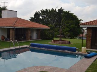 Cozy Cabin, Family Friendly, Lomas De Cocoyoc - Central Mexico and Gulf Coast vacation rentals