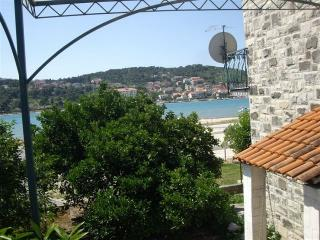 Cozy Apartment in Trogir with Television, sleeps 2 - Trogir vacation rentals