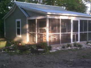 Van Huis Cottage #1 - Mackinaw City vacation rentals