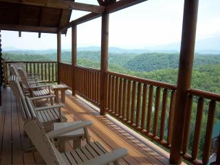Movie Theater,Breathtaking Views,Karaoke,XBox,WiFi - Pigeon Forge vacation rentals