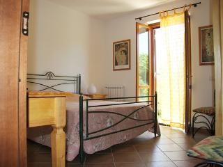 CasaCucù, your holiday apartment. - Anguillara Sabazia vacation rentals