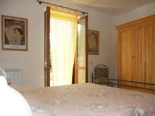 CasaCucù, your holiday apartment. - Anguillara Sabazia vacation rentals