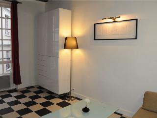 Studio Hotel de Ville - Marais - Paris vacation rentals