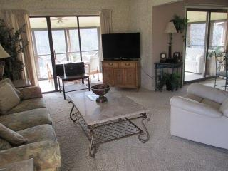 Cozy 3 bedroom Apartment in Bronston - Bronston vacation rentals