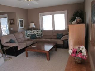 Beautiful Condo with Internet Access and Fitness Room - Bronston vacation rentals