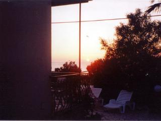 4 bedroom Villa with A/C in Custonaci - Custonaci vacation rentals