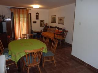 Beautiful 2 bedroom House in Dol - Dol vacation rentals