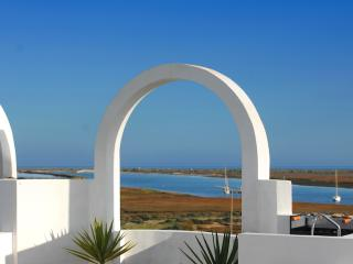 beautifuly situated T1 apt near Tavira with sea view from private terrace equipped with all amenities - Tavira vacation rentals