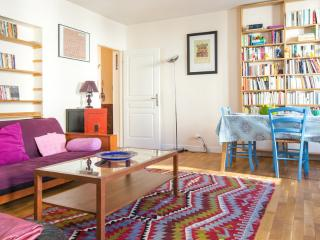 Big apt. in Bastille for 8 guests - Paris vacation rentals