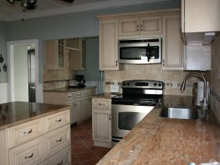 6 bedroom House with Internet Access in Newport - Newport vacation rentals
