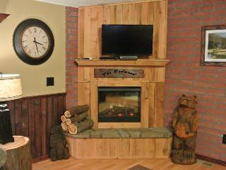 Cozy house in the Majestic Redwoods - Leggett vacation rentals