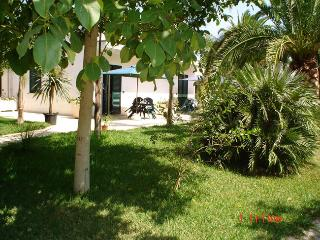 Masseria Lama apartments surrounded by a big garden - Torre Dell'Orso vacation rentals