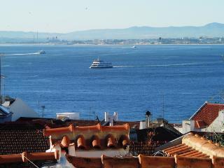 Madragoa´s Duplex Apartment - Typical Neighbourhood - Lisbon vacation rentals