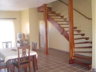 Center of Tamarindo 2bedroom/2.5 bathroom - Tamarindo vacation rentals