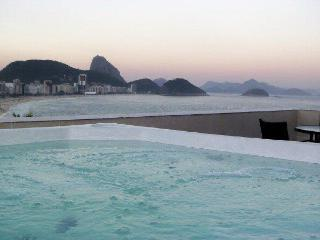 RioBeachRentals - Copacabana Beach Palace #400 - Copacabana vacation rentals