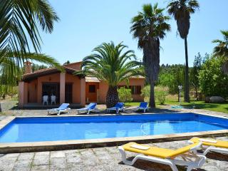 Beautiful house Majorca with pool and tenniscourt - Alaro vacation rentals
