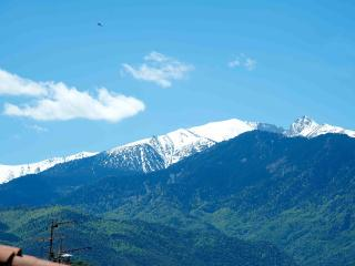 Beautiful village house, amazing  mountain views - Cassagnes vacation rentals