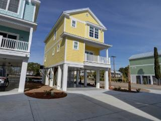 Nice House with Internet Access and Television - Cherry Grove Beach vacation rentals
