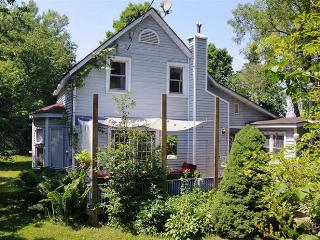 A Sandbanks Retreat - Le Ti' Maison Bleu - Prince Edward County vacation rentals