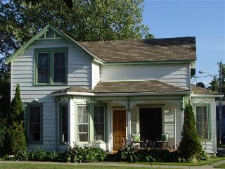 Charming 3 bedroom House in Prince Edward County with Internet Access - Prince Edward County vacation rentals