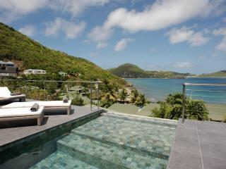 Contemporary 3 Bedroom Villa in Pointe Milou - Pointe Milou vacation rentals