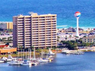 Adorable Condo with Internet Access and A/C - Pensacola Beach vacation rentals