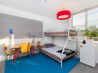 1 bedroom Condo with Internet Access in Greater Melbourne - Greater Melbourne vacation rentals