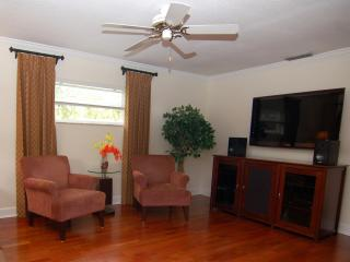 Warm and Inviting. Ideally located, 3BR/2BA Home - Alafaya vacation rentals