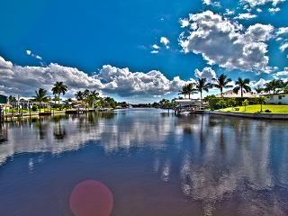Cape Coral - Goldcoast Spectacular View Canal Home - Cape Coral vacation rentals