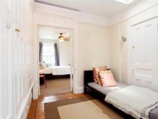 Beauty and Comfort 2 - Brooklyn vacation rentals